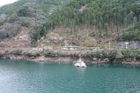 01.ダム湖と悠久の森林